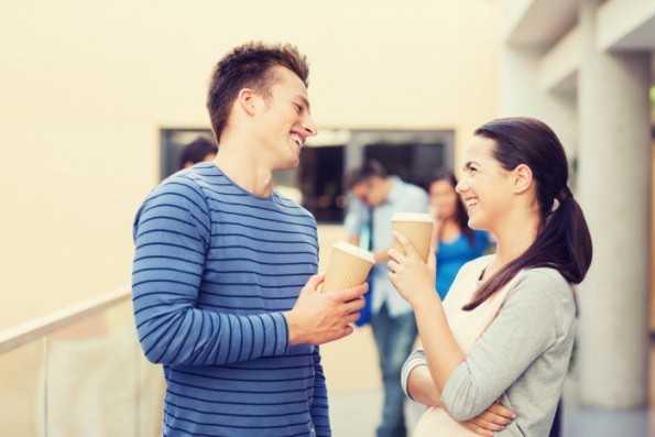 Как поддержать беседу с девушкой после знакомства: 11 советов