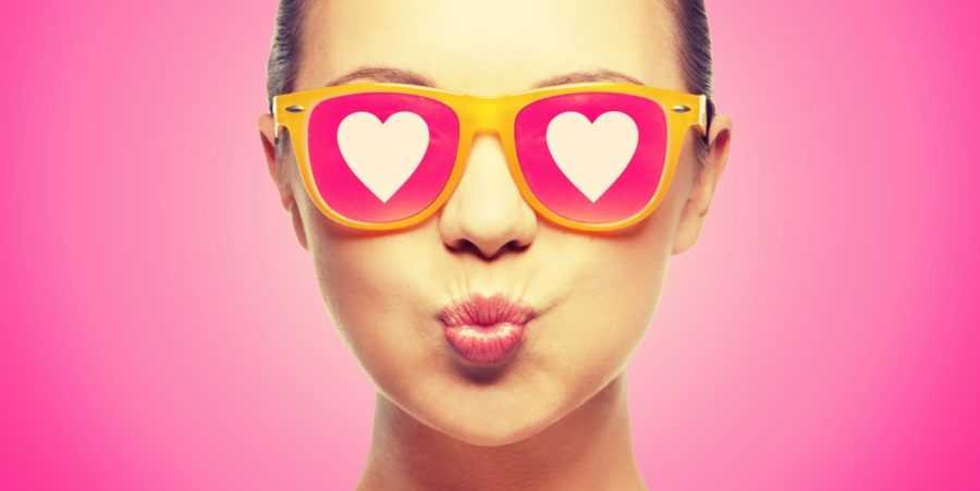 очки с сердечками