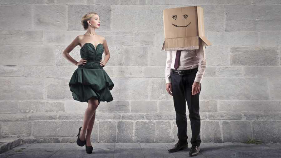 красивая девушка и мужчина