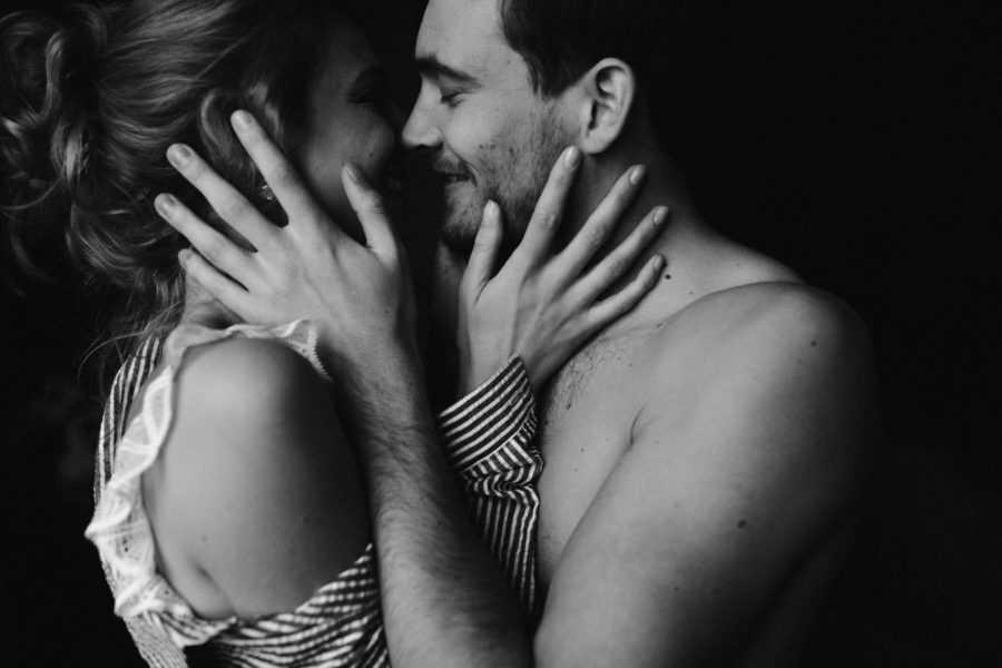 Как относиться мужчине к любовнице