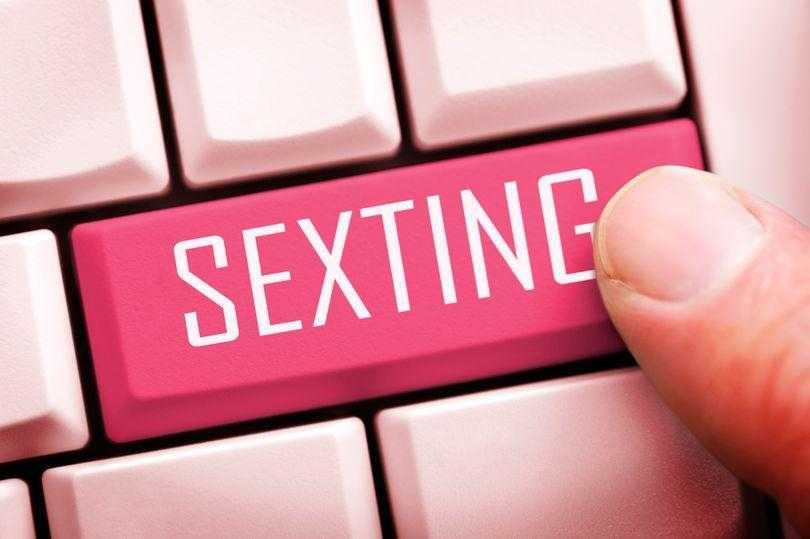 секстинг