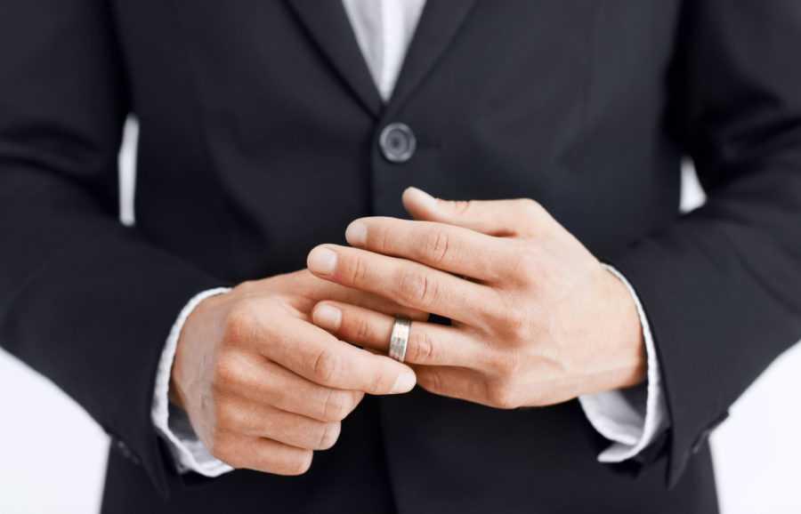 как определить женатого