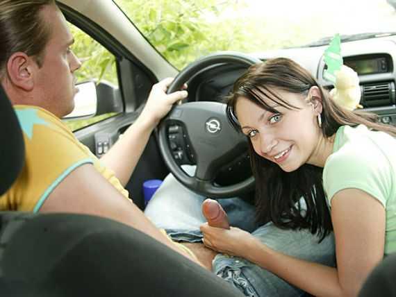 минет в автомобиле