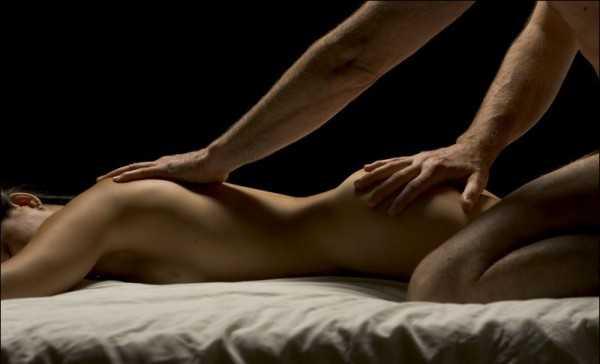 массаж женщине с окончанием